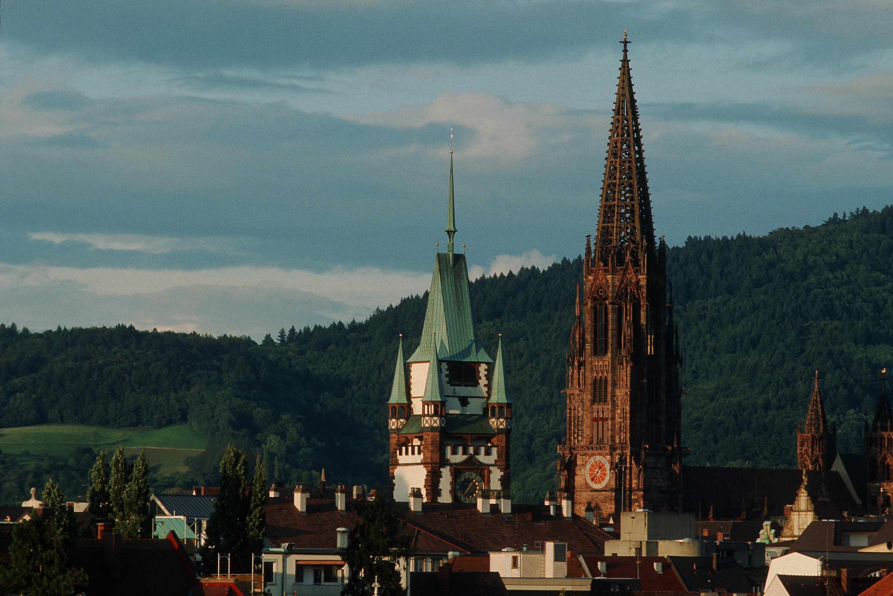 Freiburger Münster und Martinstor ©FWTM/Raach