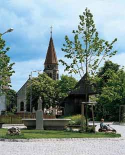 Bild der Kirche von Neuhausen